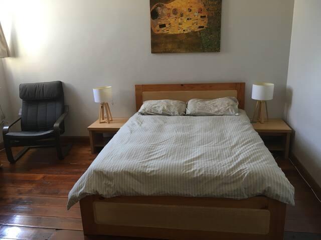 133 couple/single room 2