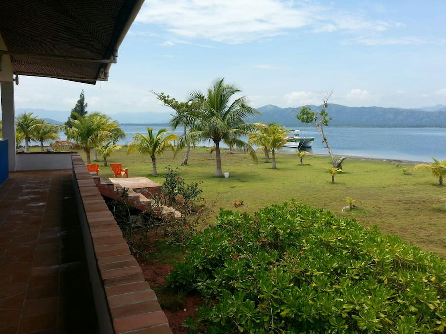 Beach House Surrounded By Water Houses For Rent In Cap