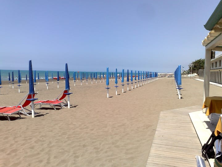 Marina di Castagneto, Le Aguglie