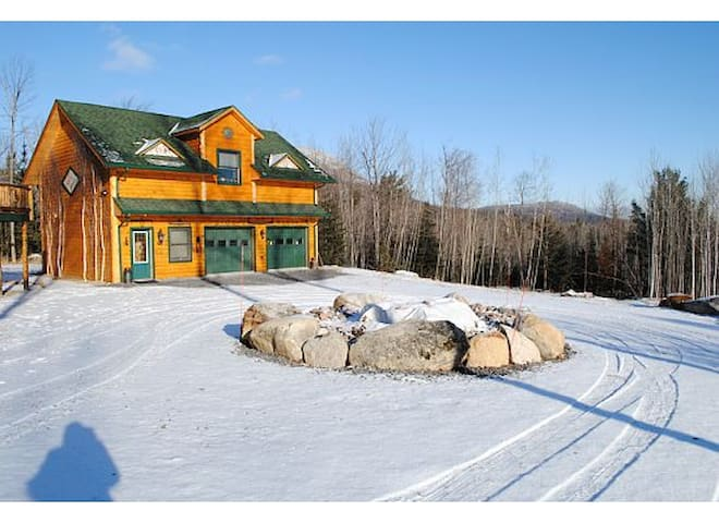 Adirondack Rustic Cabin minutes to Whiteface Ski R