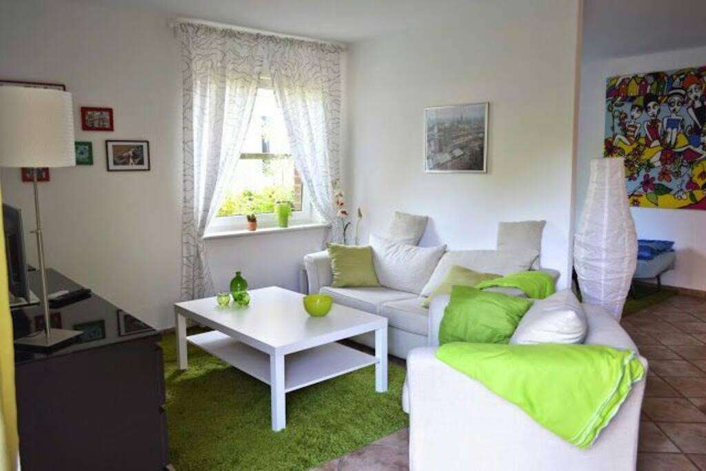super 1 zimmer terrassenwhg n he euro fh ils wohnungen zur miete in hamburg hamburg. Black Bedroom Furniture Sets. Home Design Ideas