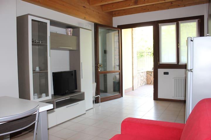 Residence Le Zagare - Appartamento Margherita - Sant'Ambrogio di Valpolicella - Huoneisto
