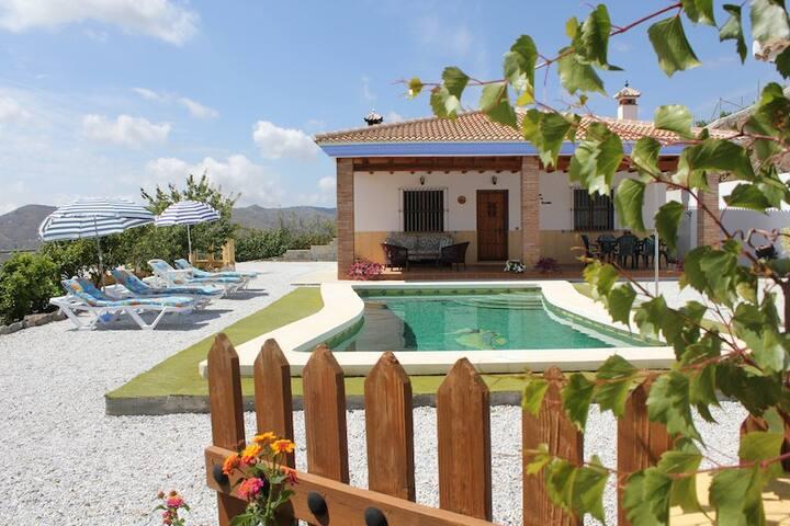 Villa Paco - Almáchar - Casa
