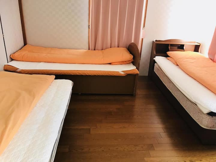 Minshuku Kaikeibo Triple Room with Shared Bathroom