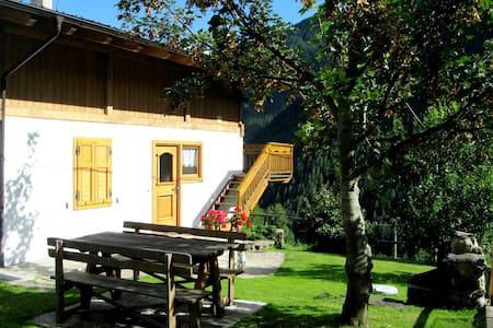 Casa Vacanze Peter - Wendy - Rabbi - Cabaña