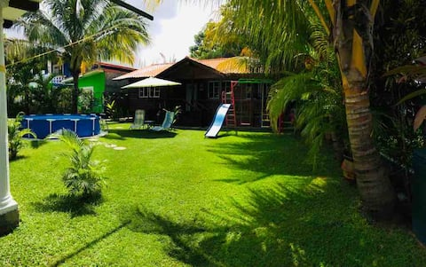 BEAUTIFUL! COTTAGE IN OMOA, CORTÉS, IN PRIVATE BEACH