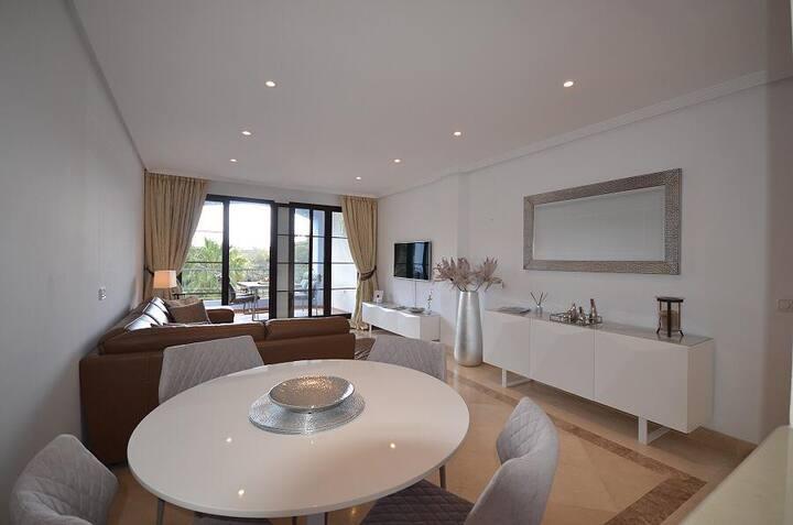 Beautiful 3 Bedroom Frontline Golf Penthouse