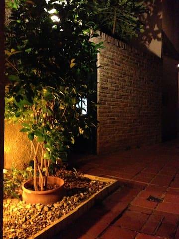 Hermosa casa de pasillo en el barrio de Pichincha. - Rosario
