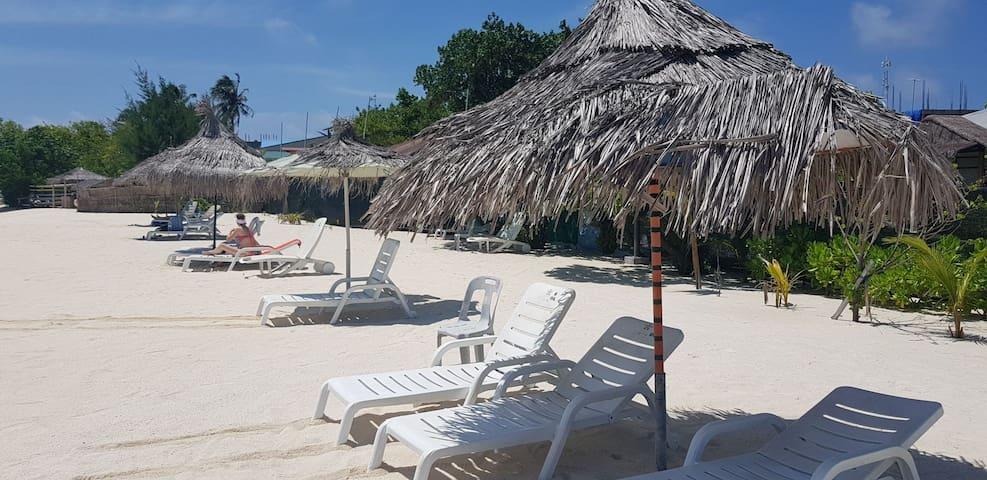 local stay at gulhi island