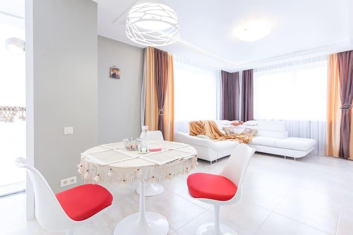 Апартаменты «На Рабочей, 8а» - Pionerskiy - 公寓