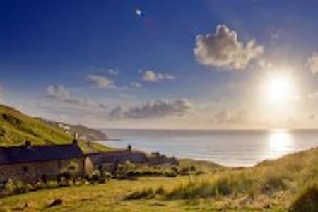 Beautiful Beach Cottage - Sennen - 独立屋