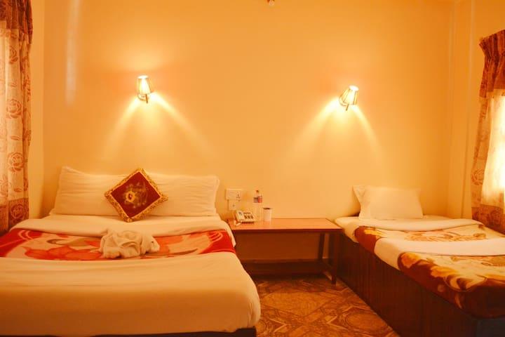 HOTEL DIRECTION POKHARA