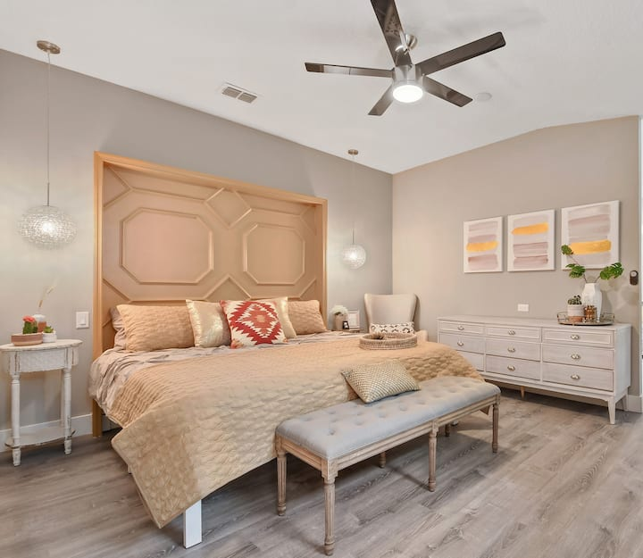 Stylish Orlando Family Stay
