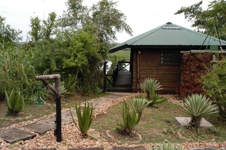 Nile Safari Lodge Murchison Falls