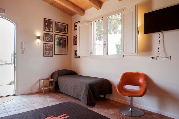 Etna e Beatles - Fiumefreddo Sicilia - Bed & Breakfast