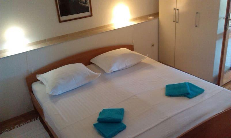 Soba Vera - Makarska - Hus