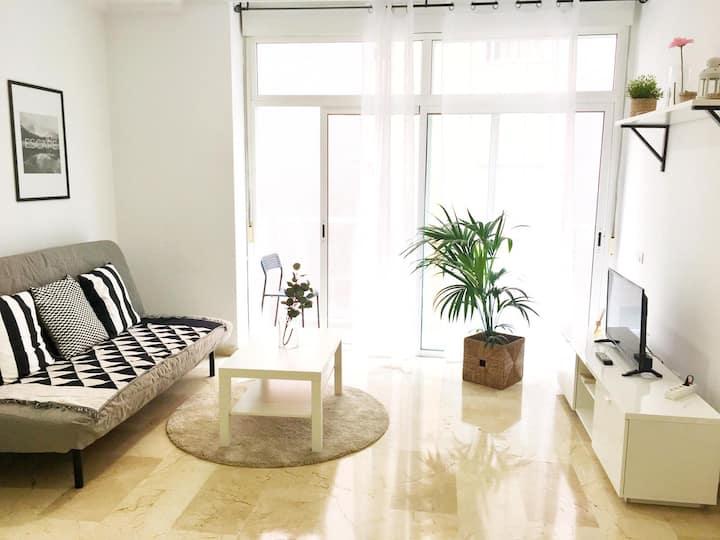 Sagasta Beach Apartment III by Canary365