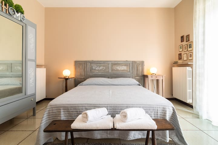 Tra i Laghi B&B - Breakfast included-Free parking
