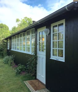 Cozy Annex close to Copenhagen - Charlottenlund - Cabaña