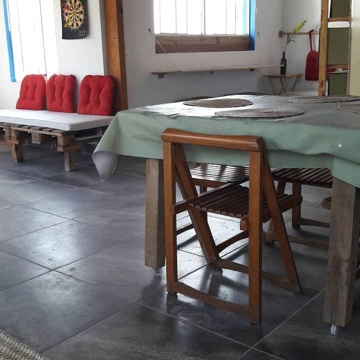 CARISMÁTICA CABAÑA DE ZAPATA - Zona El Pueblito