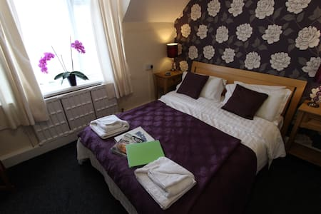 Award Winning Guest House - Seacroft, Skegness - Wikt i opierunek