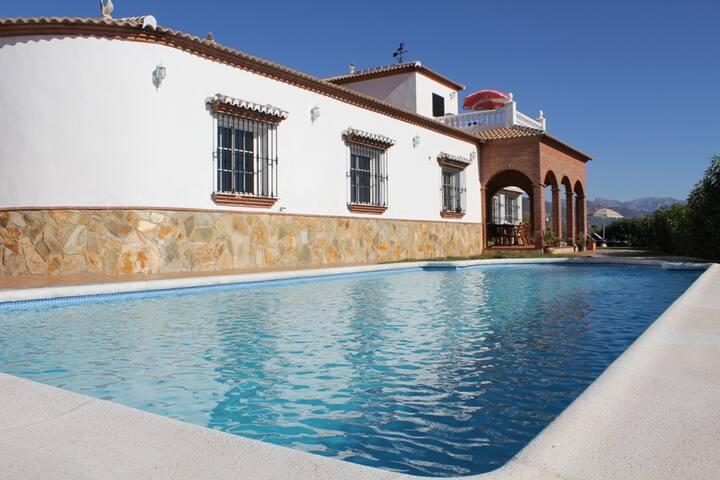 Villa Elisabeth - Arenas - Talo