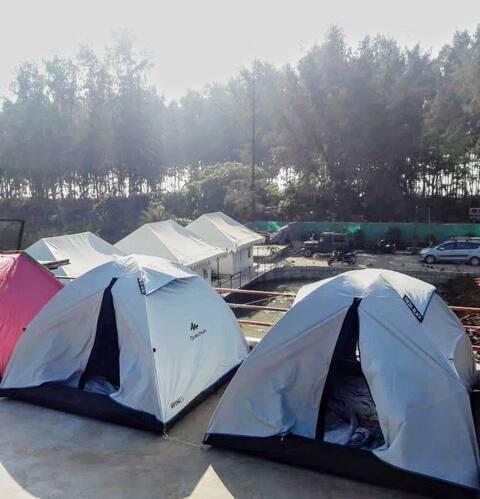 Red Stone Beach Camp's