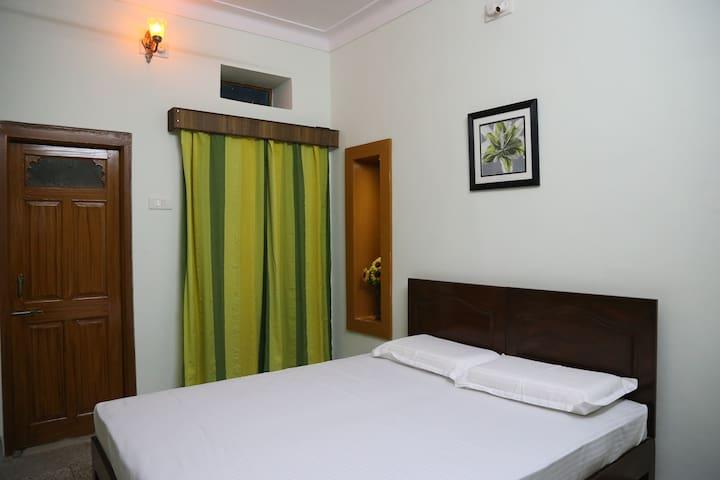 Bedroom   Raag Yaman