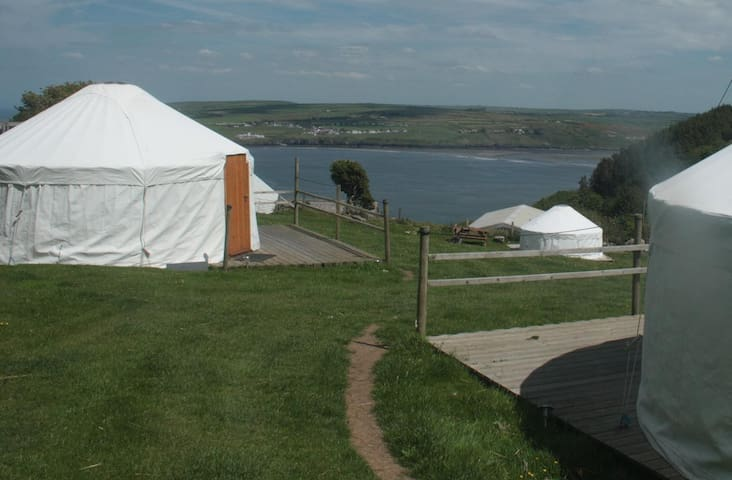 Yurt 3. 15ft nr Poppit, Cardigan - Poppit