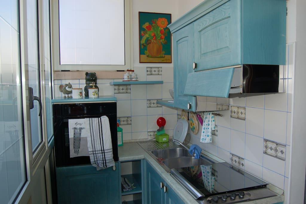 cucinino (kitchen)
