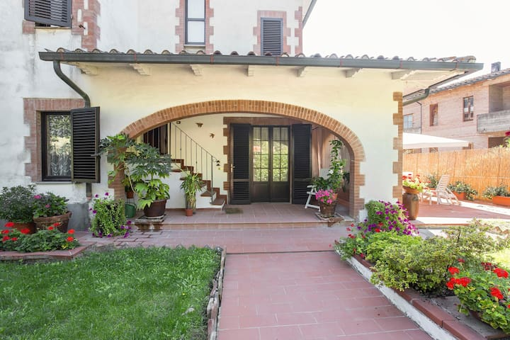 Gigliola's House - Tuscany - Siena - Monticiano - 別墅