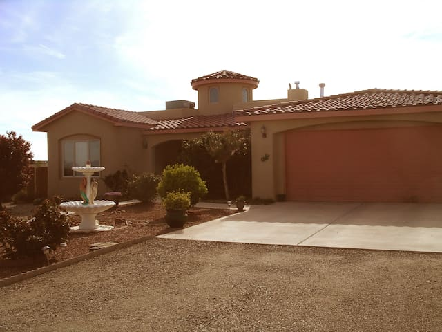 Casa Rosa - Aqua Room - Rio Rancho - Huis