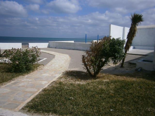 Villa de la mer - Plage Ejjehmi - Rumah