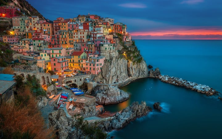 Cinque Terre Retreats 16 Pax WiFi, near to beaches