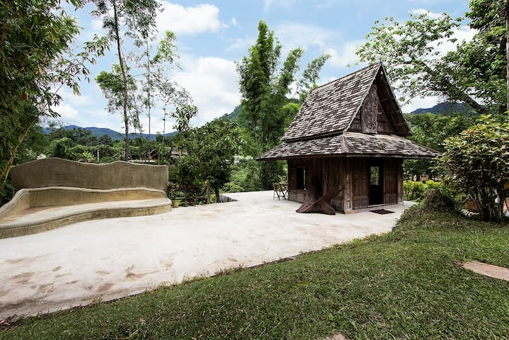 Cozy Ganesh Hut - Chiang Mai - Bed & Breakfast