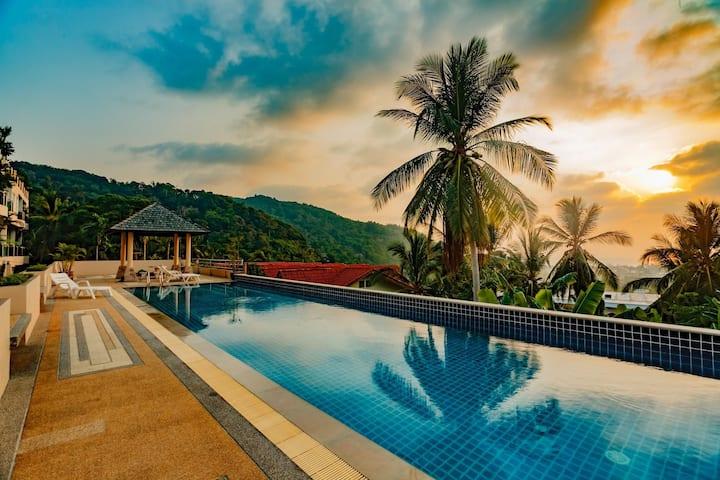 KTV- Sea view pool villa in Kata for 10 people, Big Buddha views