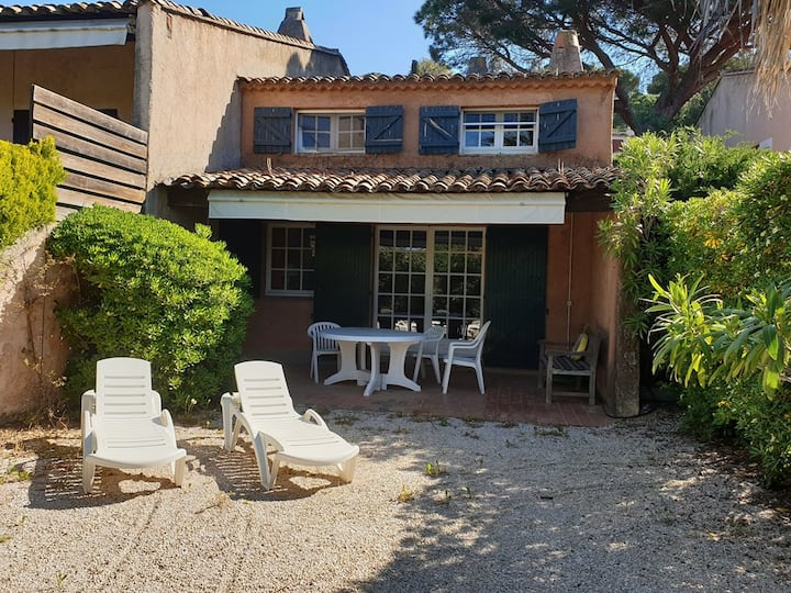 GIGARO - PLAGE A PIED - MAS 4 CHAMBRES