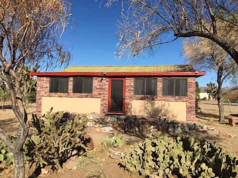 Bungalow at Grand Canyon West - Private, Sleeps 3+
