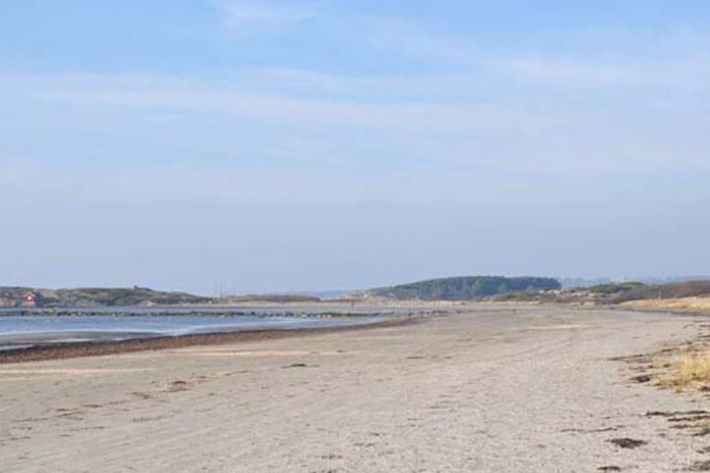 The long and child friendly beach in Långasand