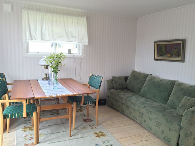 Coach and table for four persons
