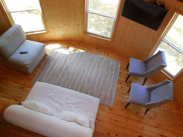 YURT 1Clear Creek Cove RV Resort-Logan Martin Lake