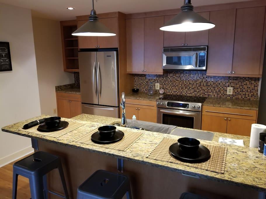 Kitchen/Bar Area 2