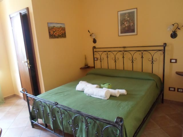 Camera con bagno privato, Al casale La gerla - assisi - Bed & Breakfast