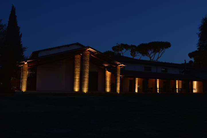 Fattoria Lucciano b&b camera matrim - Civita Castellana - Penzion (B&B)