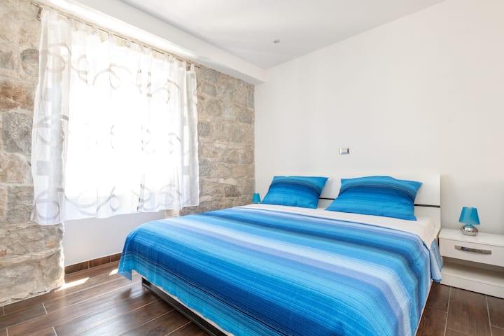 Luxury New Room 2+2 ****
