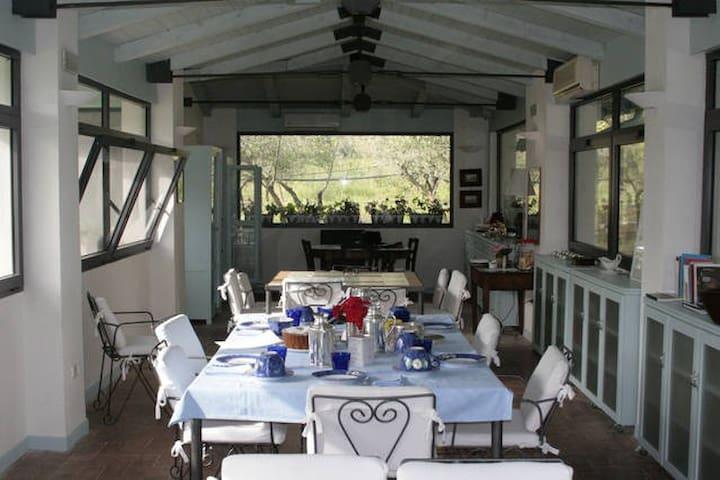 Giacaranda. Una stanza nel Cilento - san marco di castellabate - Bed & Breakfast