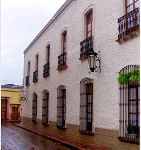 Casa Aspeytia Centro historico. - Santiago de Querétaro