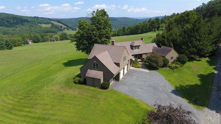 Meadow Vista: 4BR Home w/ Sweeping Quechee Views
