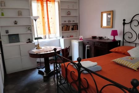 Charming and quiet room in the heart of Trastevere - 罗马 - 公寓