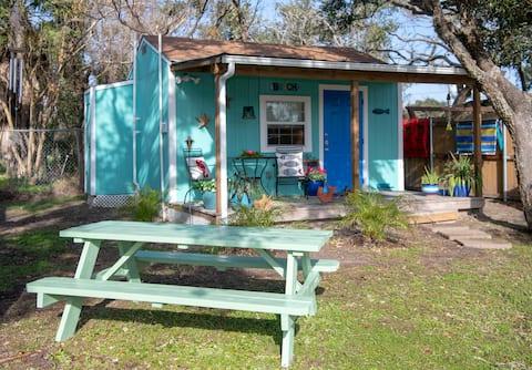 Third Coast Cottages / Onyx Cottage